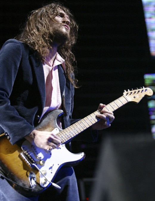 John Frusciante, known mainly for his work with the Red Hot Chili Peppers, started using the DS-2 after Kurt Cobain's death. The pedal subsequently became a cornerstone of his sound.