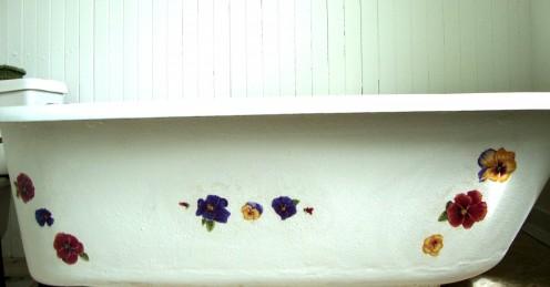 DIY Tub Decorating