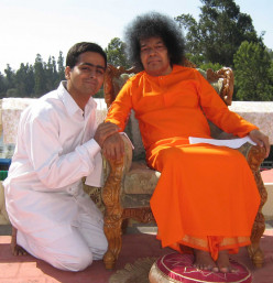His singer and His song: The stories of a student bhajan singer with Sri Sathya Sai