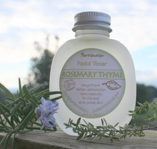 The best toners are handmade and consist of only natural ingredients, like this rosemary and thyme organic facial toner.