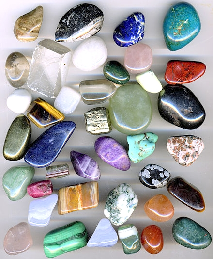 Using a Tumbler for Jewellery: Use for Polishing Gemstones and Polishing Metals