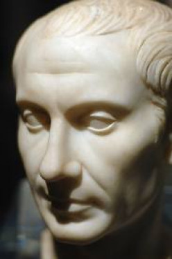 10 Books About Caesar