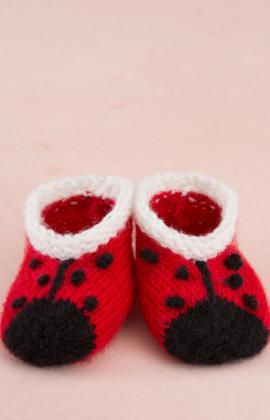 Sweet Lady Bug Booties Knitting Pattern