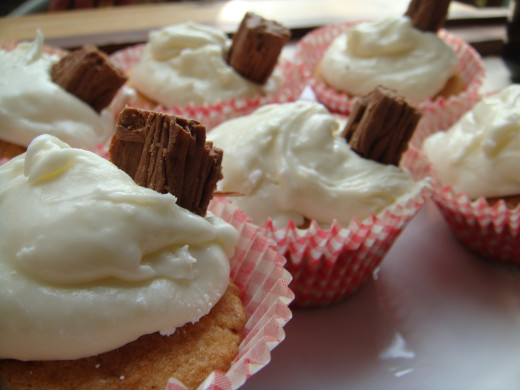 "Ice Cream ""99"" Cupcakes"