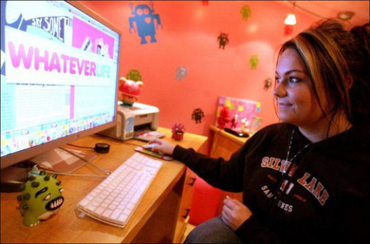 Ashley Qualls was 17 when she put up whateverlife.com. She created tempates for Myspace accounts and gave it away for free. She earned from ads. She is now worth $8 million.