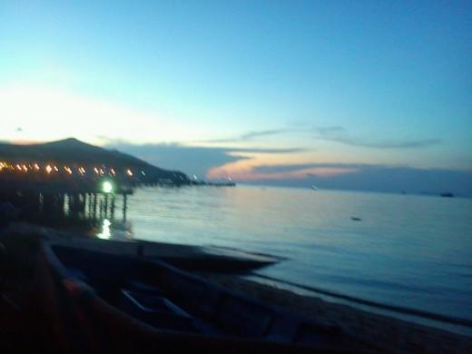Bang Saray Beach and Rimhad restaurant at night