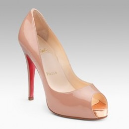 Christian Louboutin Very Prive 942 Pumps