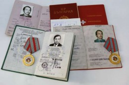 Passports and Medals received by Francesco