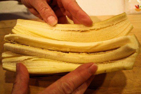Prepare Banana for Filling and Grilling.