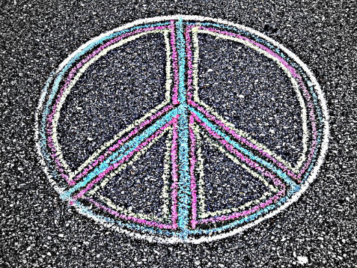 By Clyde Robinson from Sarasota, FL, USA (Peace Baby!!!) [CC-BY-2.0 (http://creativecommons.org/licenses/by/2.0)], via Wikimedia Commons