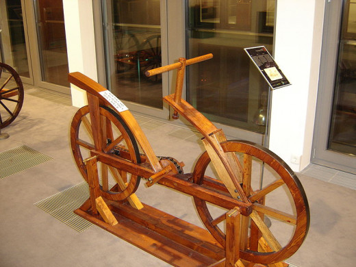 Who built the first bicycle?  DaVinci or the Wright brothers