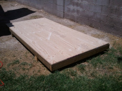 Building an Insulated Floor for an Air Conditioned Dog House