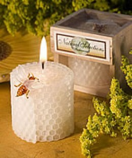 beeswax candle favor, available at favorfavor