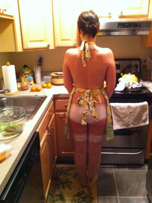 Seducing a man while preparing his meal is a great way to wet his sexual appetite.