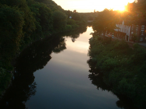 Sun setting over the River Severn in the Ironbridge Gorge