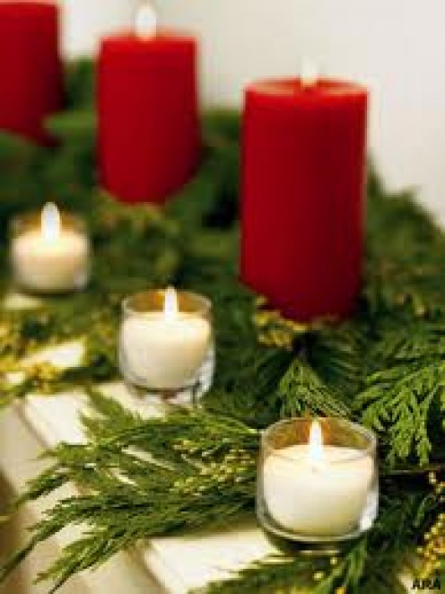 Decorating with candles is always a great Christmas look. Not to mention scented candles smell very nice.