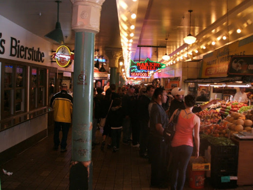 On a daily basis, the Pike Place Market is teeming with locals as well as tourists from every corner of the globe!