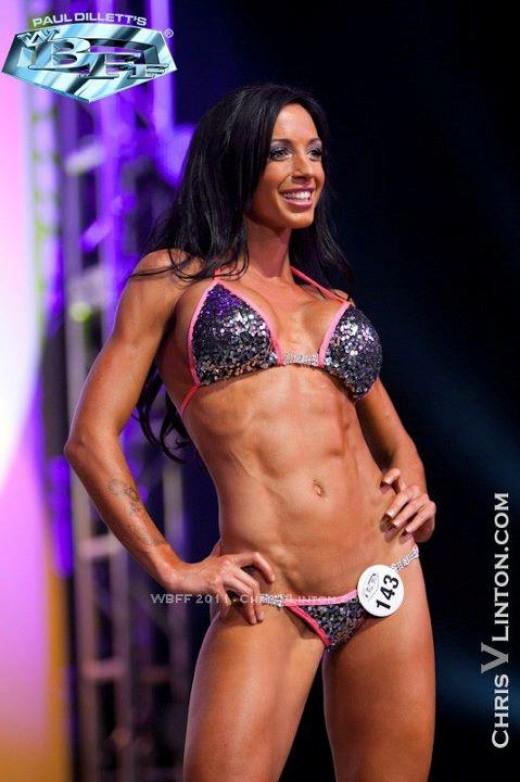 Raw Vegan fitness model Channa Serenity.