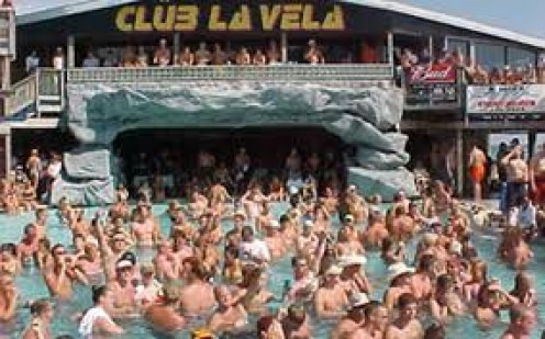 Club La Vela is a multiple floor night club in P.C. Beach, Florida. The music varies from rock and country to rap and reggae.