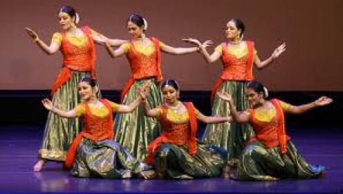Traditional Indian Tamil Dancing