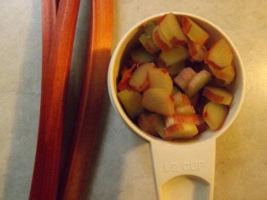 Measure thinly sliced rhubarb to 1/2 cup (about 3 stalks)