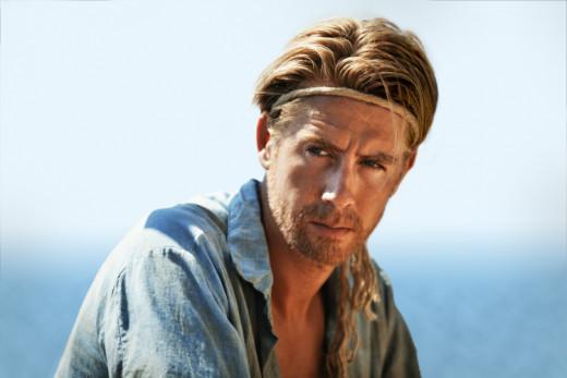 Pål Sverre Hagen as Thor Heyerdal in Kon-Tiki