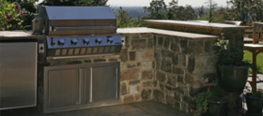 Outdoor kitchen. Built in Grill in retaining walls