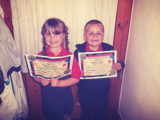Krystal and Riley both came home  from school yesterday  with a certificate ;they had both won the award of Pupil Of The Week.  I think those big smiles say it all xxxxxx