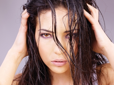 gently massaging in oil stimulates the scalp and hair follicles.