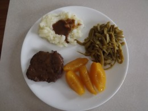A good meal for those with Crohns disease. Be sure the gravy isn't spicy.