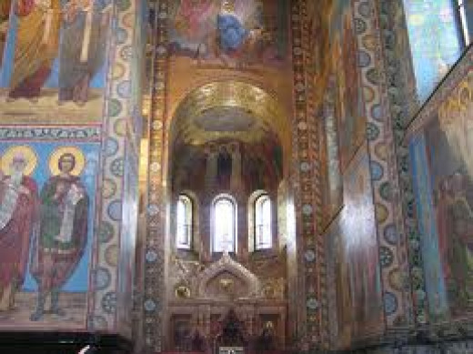 This Cathedral is adorned with paintings and pictures of some of the Saints. It's breathtaking looking at the statues in the main hallway.