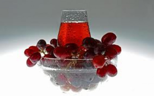 Drink Grape Juice to say goodbye to Joint Pain