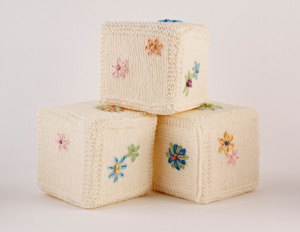 Free Knitting Pattern: Embroidered Baby Blocks