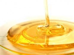 Three ways to use honey for your hair