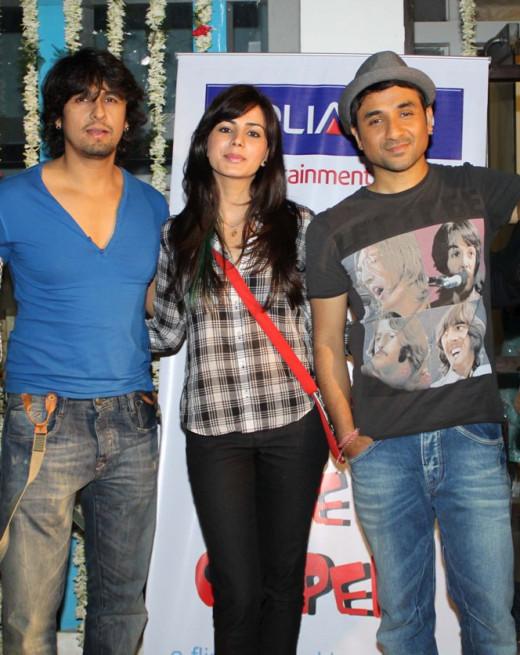 Sonu Nigam, Kirti Kulhari and Vir Das
