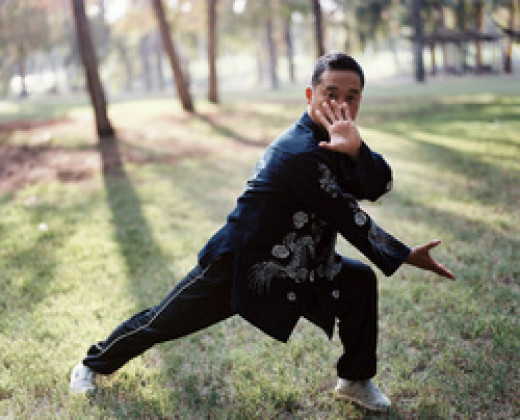 A tai chi martial move, 'single splitting palm'.