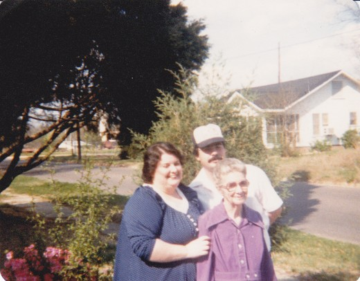 Sharon, Steve, and Granny Eula Jones  in Mississippi
