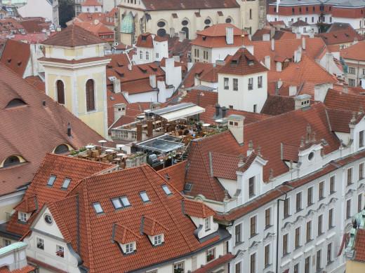 ... spotting a restaurant's rooftop terrace...
