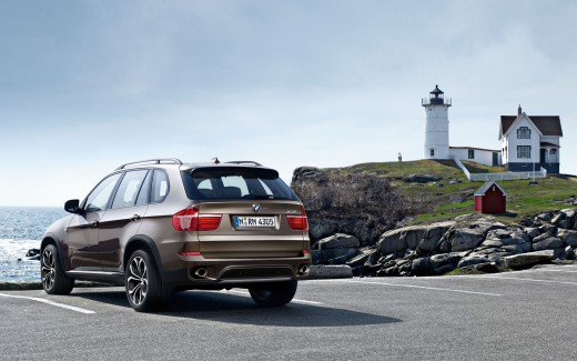 The BMW X5 is both a 4x4 and a 7 seater, so has added practicality when it is used as a family car.