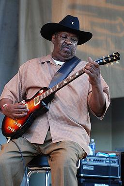 The legenday blues singer/songwriter/guitarist Magic Slim