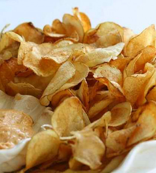 Crunchy homemade potato chips