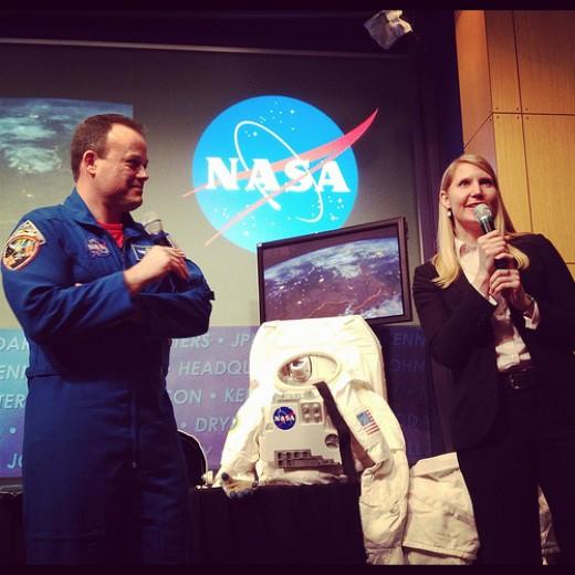 Astronauts Ron Garan and Stephanie Shierholz