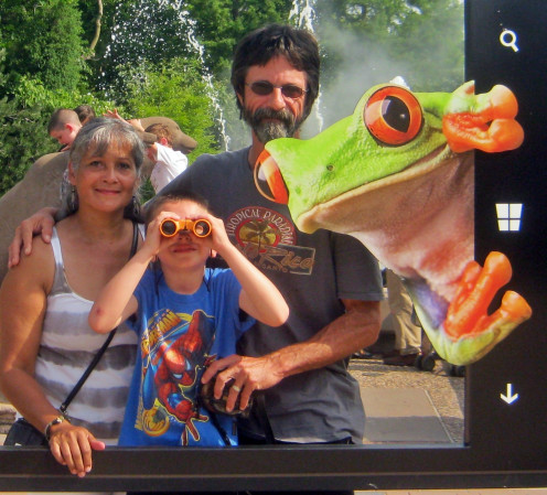 Maggie(Lastheart), Elijah, and Grandpa(Froggy213) at the St Louis Zoo.