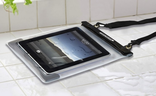 Use Tunewear Waterwear in the kitchen to search for recipes. Control the touch screen without worrying about getting iPad wet or dirty. Bring it with you when you take a bath or go outdoors by the pool or to the beach.