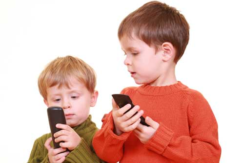 RIGHT AGE FOR A KID TO CARRY A CELLPHONE