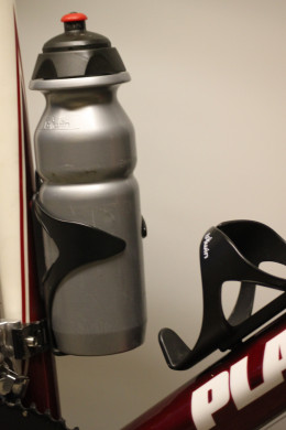 All cyclists need water bottles (bidons). These Decathlon BTwin bottles are a great value option