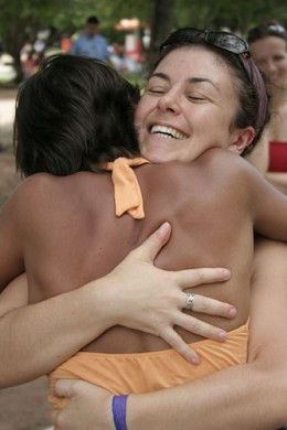 Free Hugs from Joao Paulo Dullius flickr.com