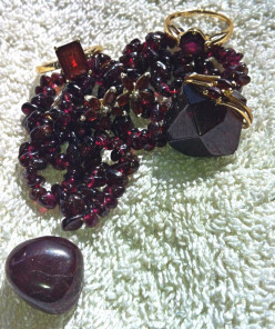 Garnets Through The Ages