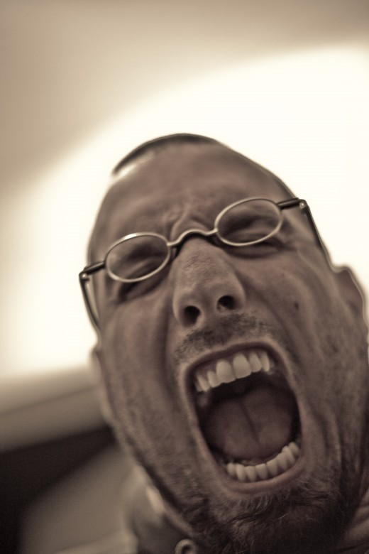 Avoid having your complaint letter come across like you are screaming.