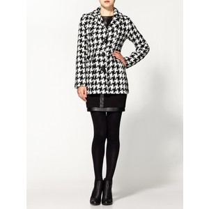 Houndstooth Coats and jackets are Fall Favorites for University Students.